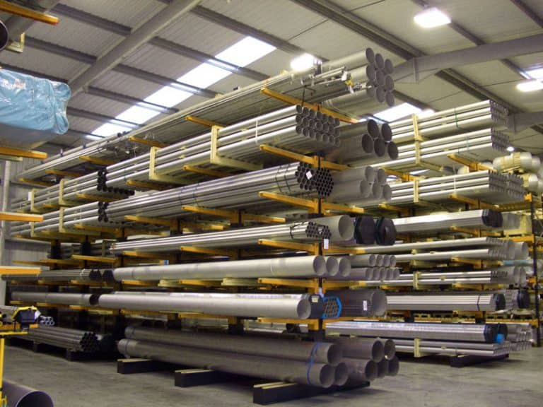 Cantilever racking storing long loads